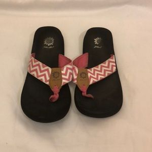 Pink and white chevron yellow box flip flops